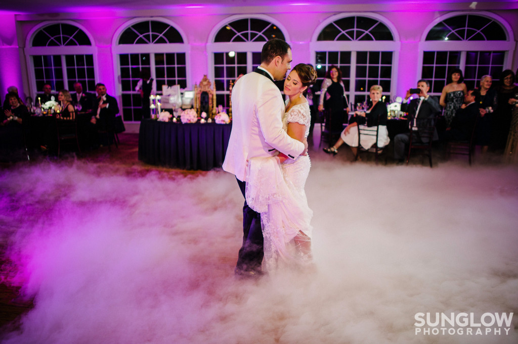 ‪#Dancingonacloud #Weddinguplighting #WeddingDJ #Tampauplighting #TampaDJ #MichaelAnthonyProductions #Weddingspecialeffects #Sunglowphotography #Glenlakescountryclub‬